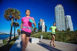 Las mejores botellas para correr y sistemas de hidratación, consejos, opiniones y guía de compra