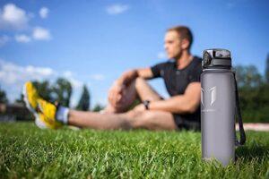 Comparativa y guía de compra de la mejores botellas de agua para deporte, precios y opiniones